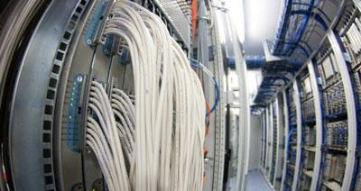 Kabel Deutschland verbindet Netze per Glasfaser (Breitbandkabel-Netz)