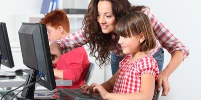 Lehrer sind im Internet anderen voraus / 90 Prozent haben Breitband