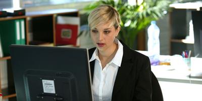 Viele Nutzen Internet auf Arbeit privat - welche Regeln gelten?