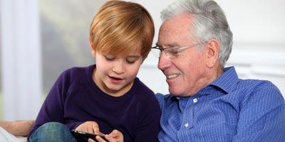 Zahl der Handy-Besitzer steigt auf 61 Millionen / Senioren holen auf